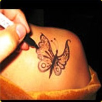 Hand Drawn Tattoo Artist/hr.