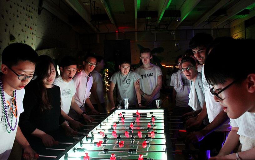 8 Player Glow Foosball