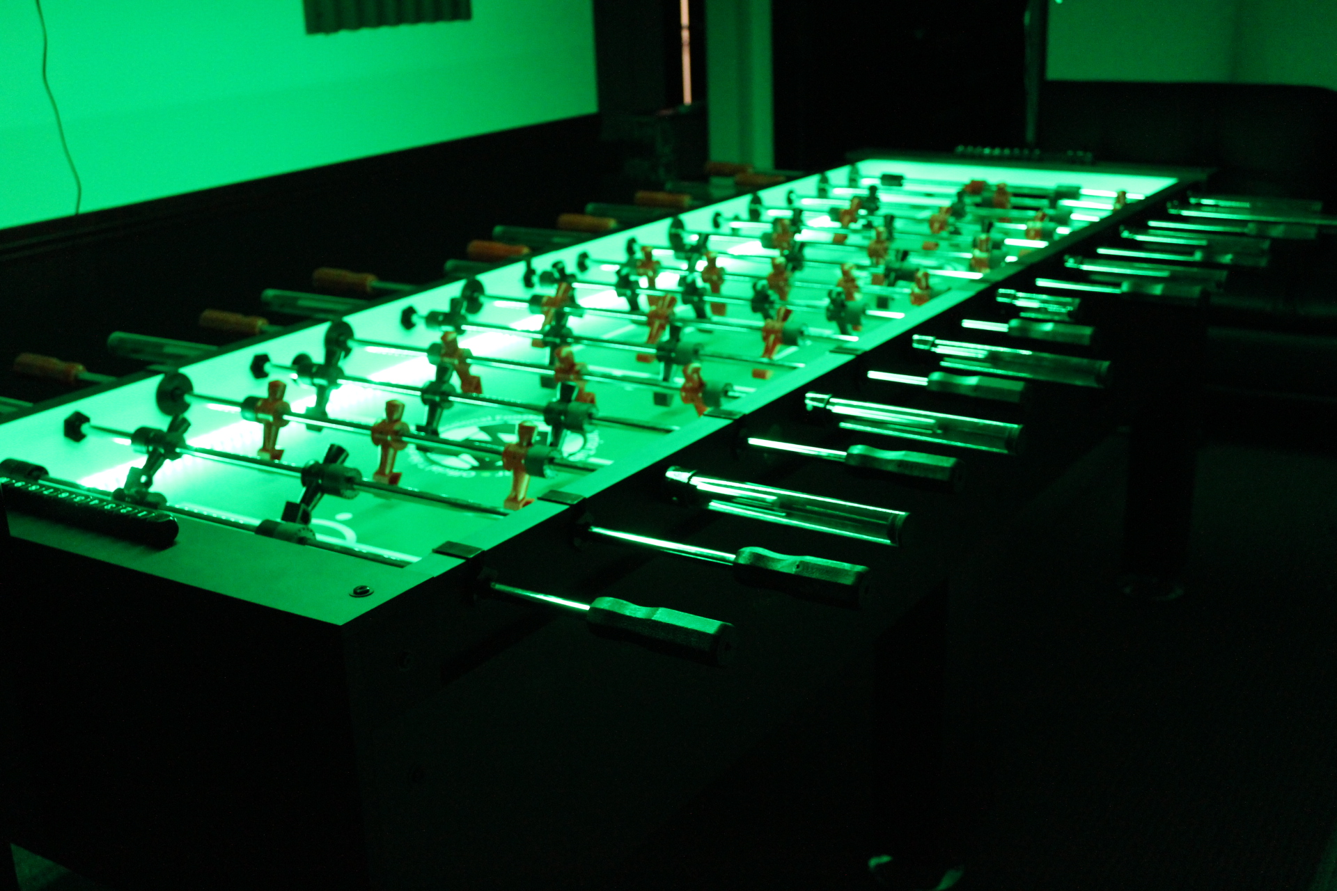 8 Player Glow Foosball