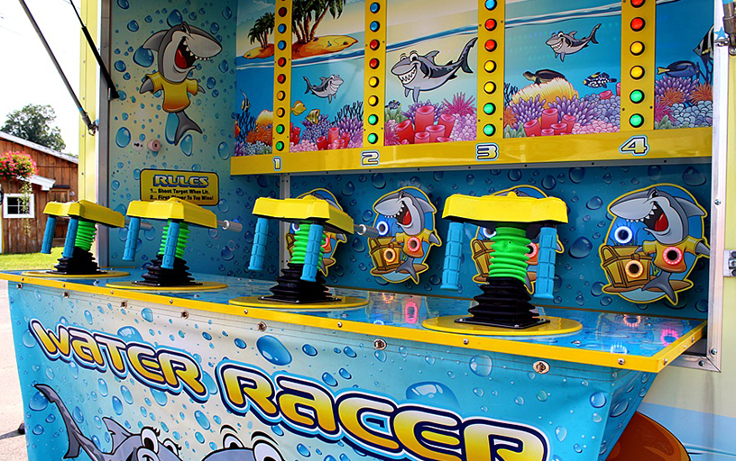 Shark Attack Water Racer